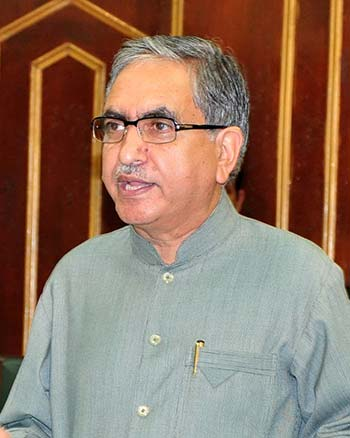 Edu Minister takes decision first, thinks later: G H Mir ...
